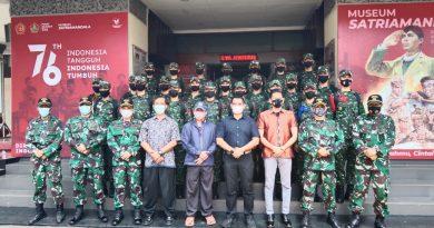 Kunjungan Prajurit  TNI AD  ke Museum dan Monumen Pusjarah TNI